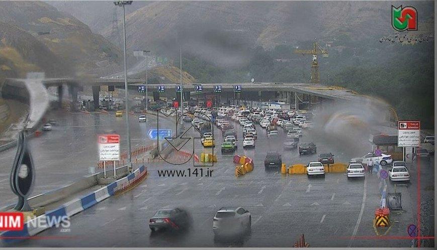 در آستانه تعطیلی ۶ روزه؛ ترافیک سنگین در جاده چالوس + عکس