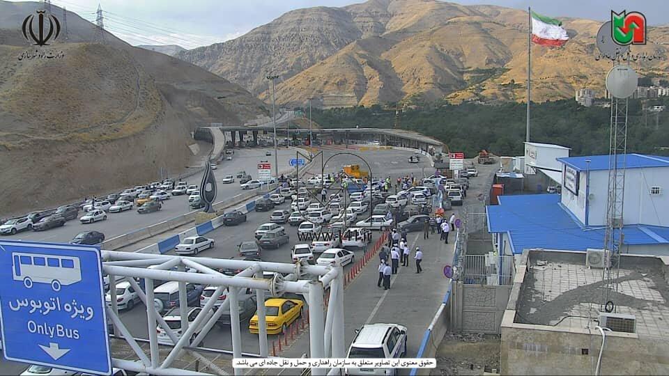 پلیس اینطوری آزادراه تهران - شمال را مسدود کرد + عکس