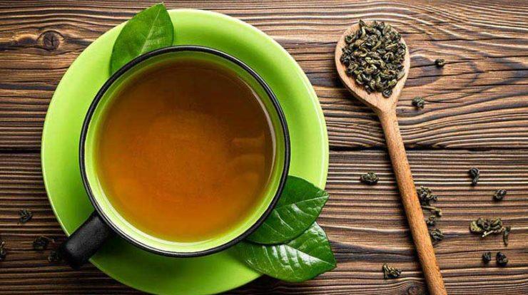 ۵ دلیل برای نوشیدن چای سبز در تابستان