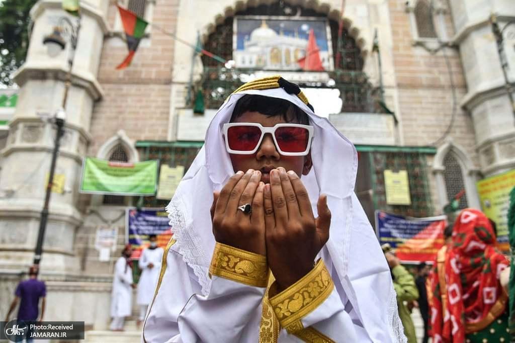 تیپ جالب مسلمان هندی در نماز عید قربان + عکس