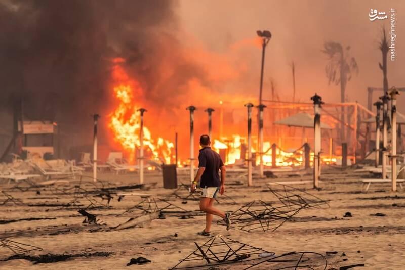 آتش سوزی بر اثر وزش بادهای داغ در ایتالیا + عکس
