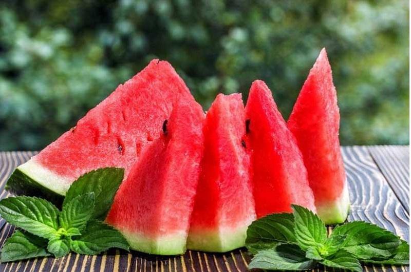 شش فایده که خوردن هندوانه به دنبال دارد
