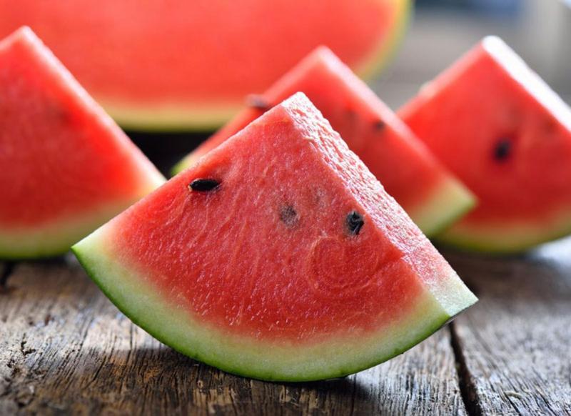 از خوردن هندوانه غافل نشوید+ 8دلیل