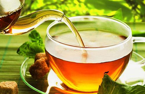 عوارض جدی مصرف بیش از اندازه چای