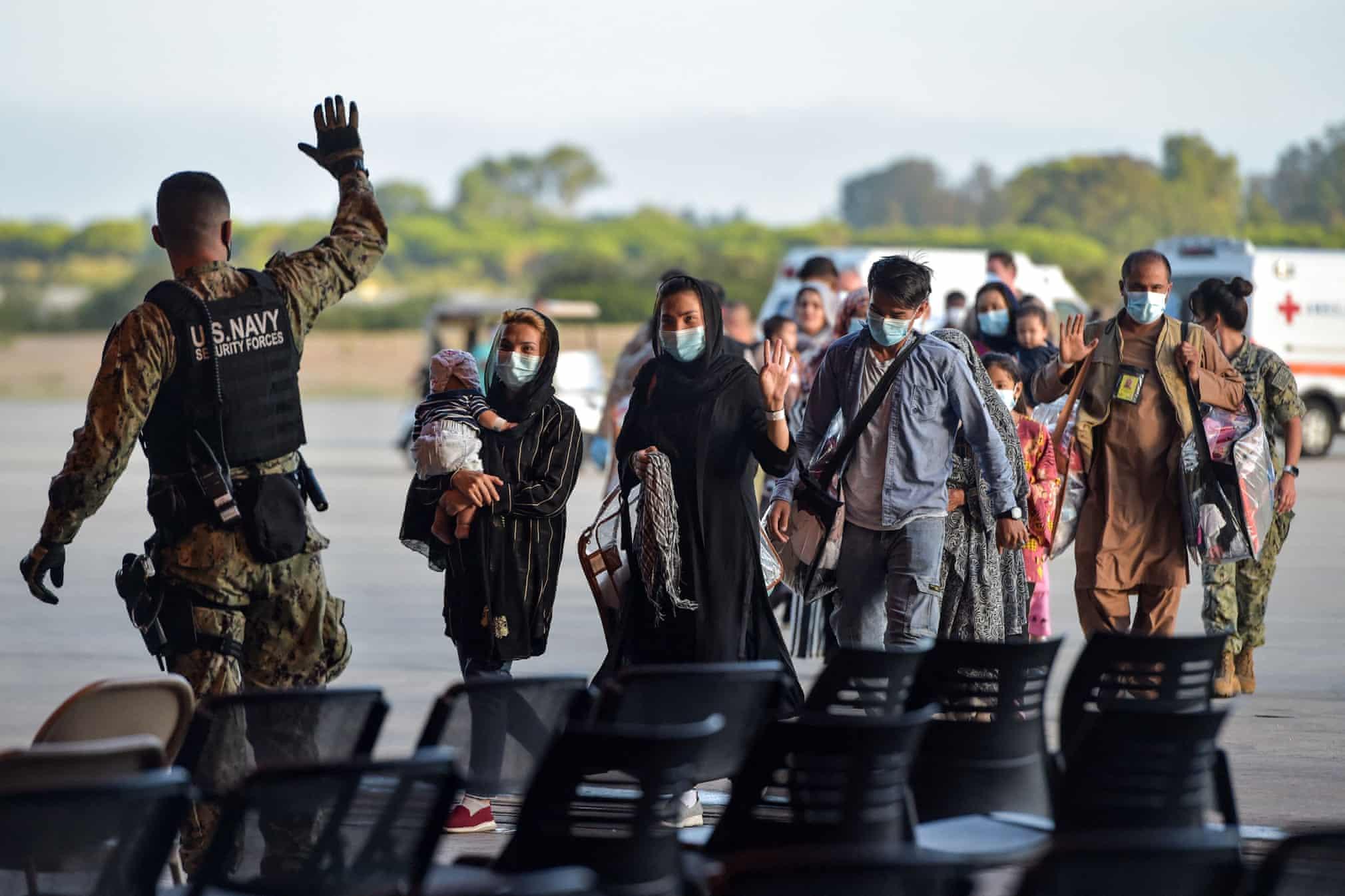 مهاجران افغانستانی در جنوب اسپانیا + عکس