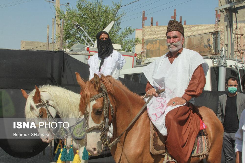 استقبال از رئیس جمهور با اسب های زین شده در زابل + عکس
