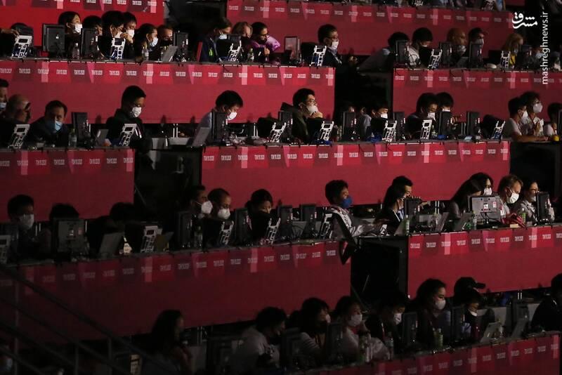 حضور خبرنگاران در اختتامیه پارالمپیک + عکس