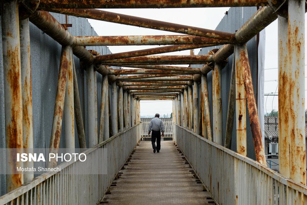 پل عابر پیاده یا تونل وحشت؟+ عکس