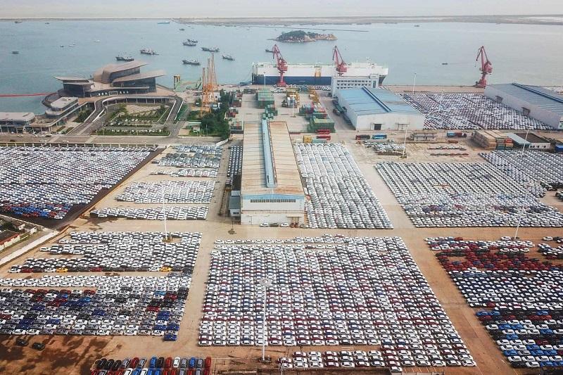 خودروهای صادراتی در بندر «لیانیونگانگ» چین + عکس