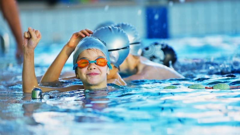 اختصاصی| چند دلیل برای اینکه شنا یاد بگیرید