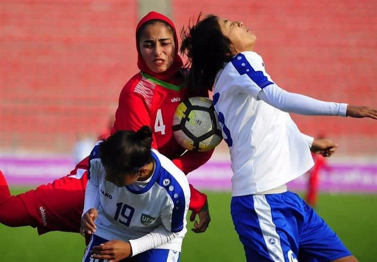 تصویری جالب از دیدار دوستانه تیم ملی فوتبال بانوان ایران برابر ازبکستان