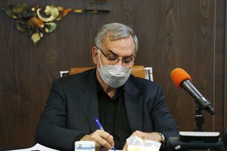 وزیر بهداشت، مردم به صورت شبانه روزی باید واکسینه شوند
