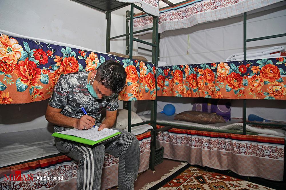 نوشتن مشکلات زندان برای رساندن به گوش رئیس قوه قضائیه + عکس