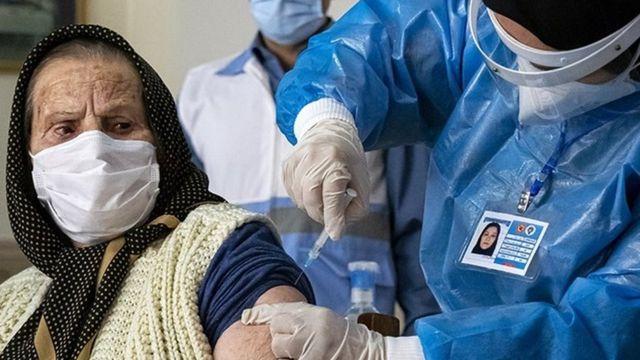 کدام مراکز واکسیناسیون در تهران شبانهروزی میشوند؟