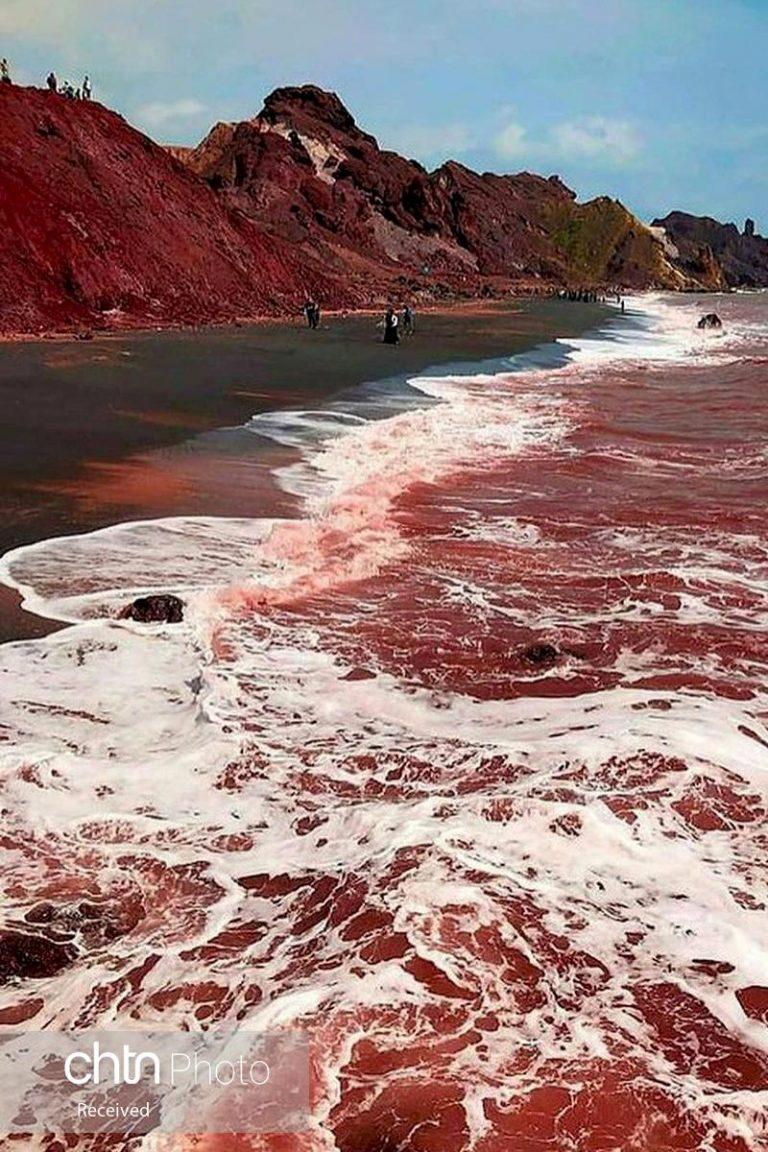 هرمز ،جزیره ای با ساحل سرخ! + عکس