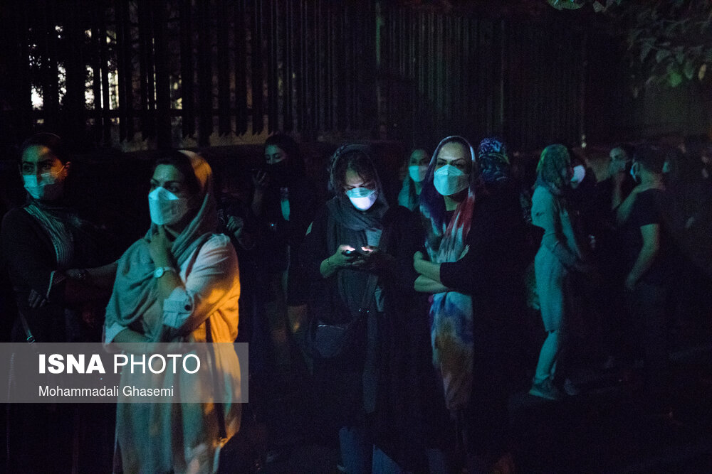 استقبال مردم از طرح واکسیناسیون ۲۴ ساعته در تهران + عکس