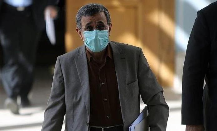 تیپ جنجالی احمدی نژاد در جلسه مجمع تشخیص + عکس