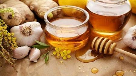 تاثیر فوق العاده چای سیر و عسل در درمان فشار خون بالا