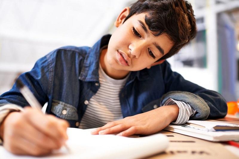 سبک زندگی سالم  نوجوانان در صورت بازگشایی مدارس