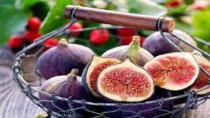 درمان التهاب بدن با این میوه تابستانی/افراد دارای کبد ضعیف انجیر را با گردو مصرف کنند