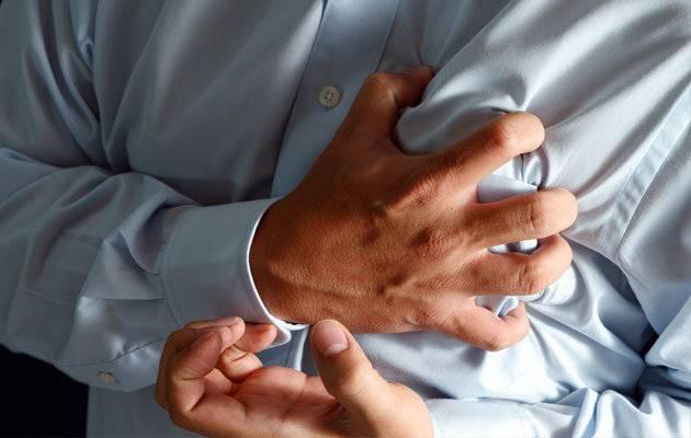 11 علت درد سینه سمت چپ