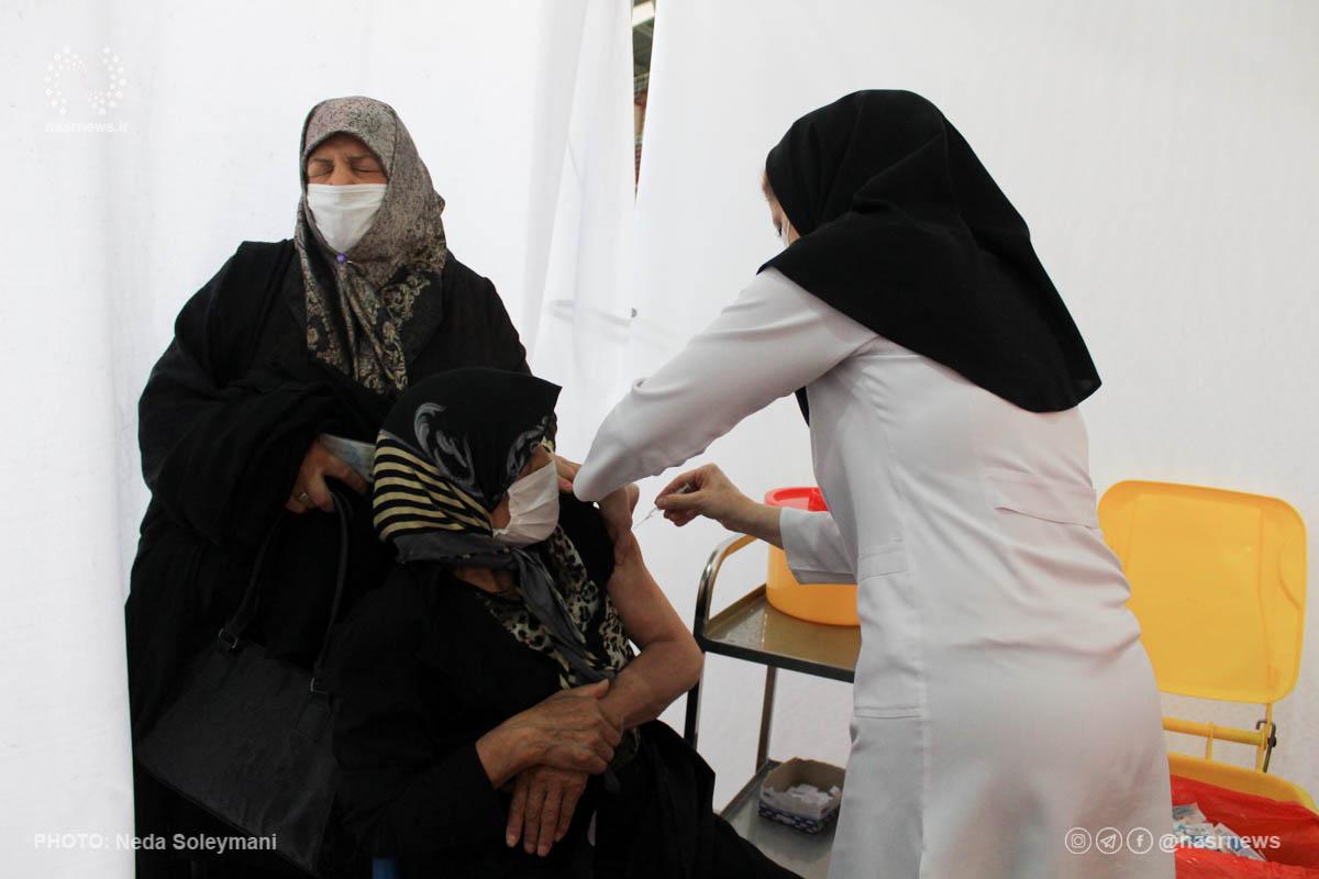 آغاز واکسیناسیون سالمندان معلول در منزل