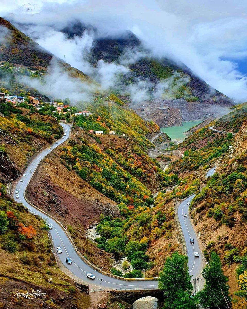 تصویری دیدنی از جاده سیاه بیشه در مازندران + عکس