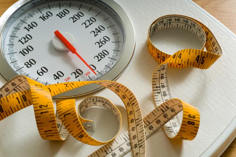 چرا در سن 40سالگی دچار افزایش وزن می شویم؟