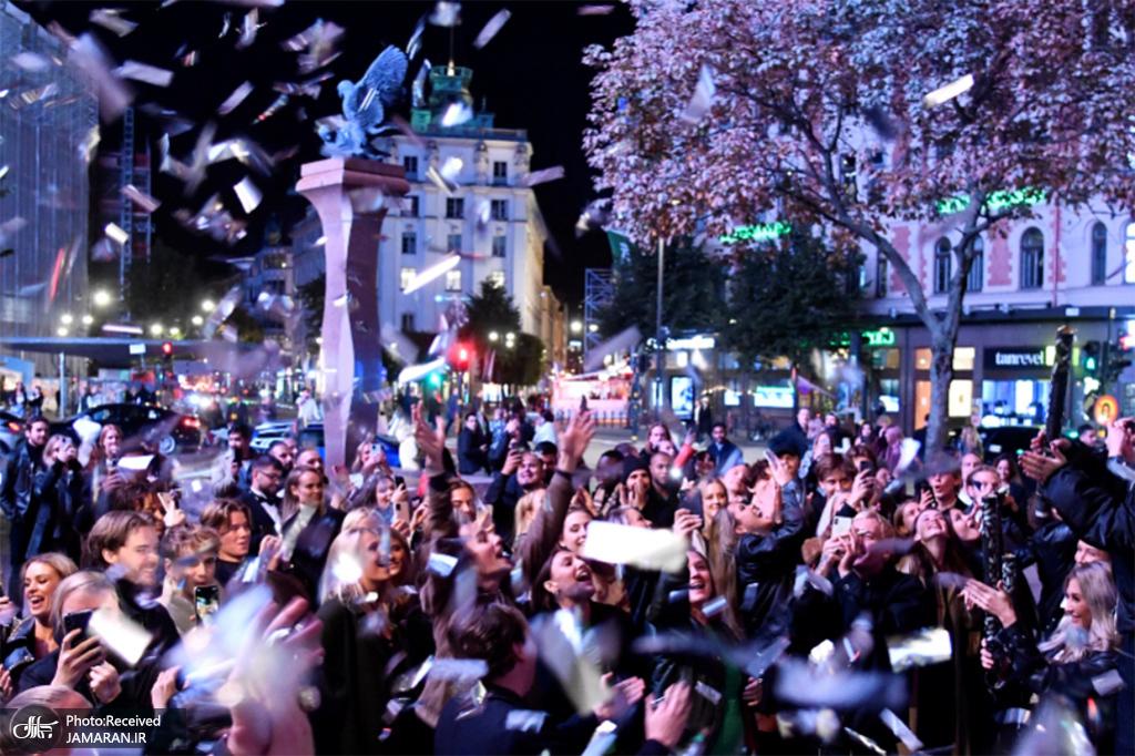 جشن پایان محدودیتهای کرونا در استکهلم + عکس