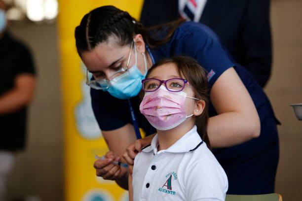 واکسیناسیون کودکان در شیلی + عکس