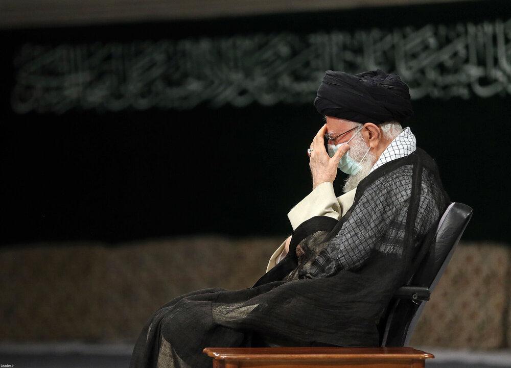 مراسم عزاداری رحلت رسول اکرم (ص) با حضور رهبر انقلاب+ عکس