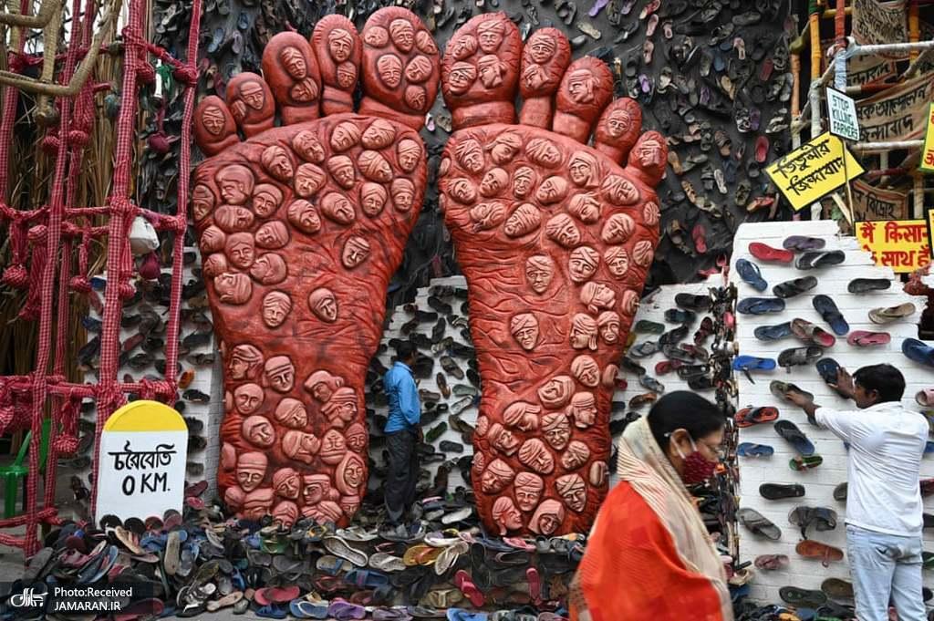 پای غول پیکر در حمایت از کشاورزان هندی + عکس