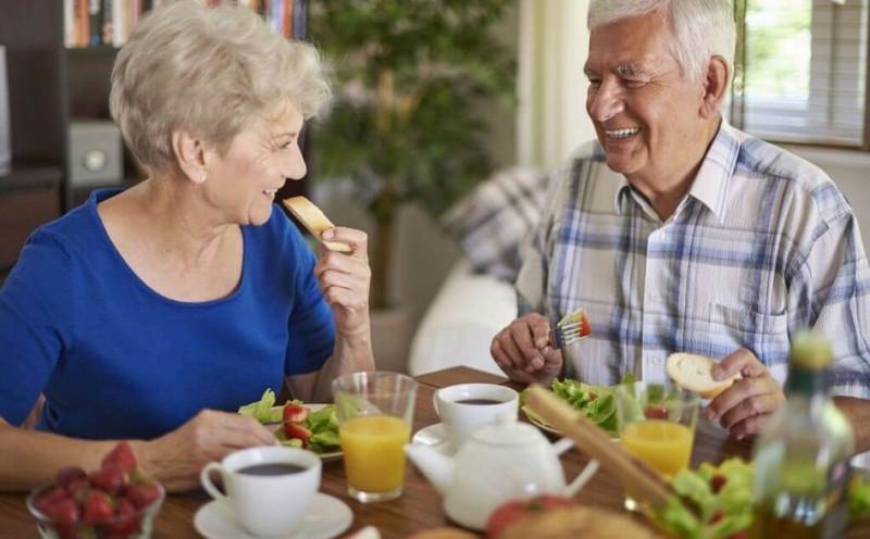 ۳ اصل مهم برای اینکه دوران سالمندی سالم داشته باشیم