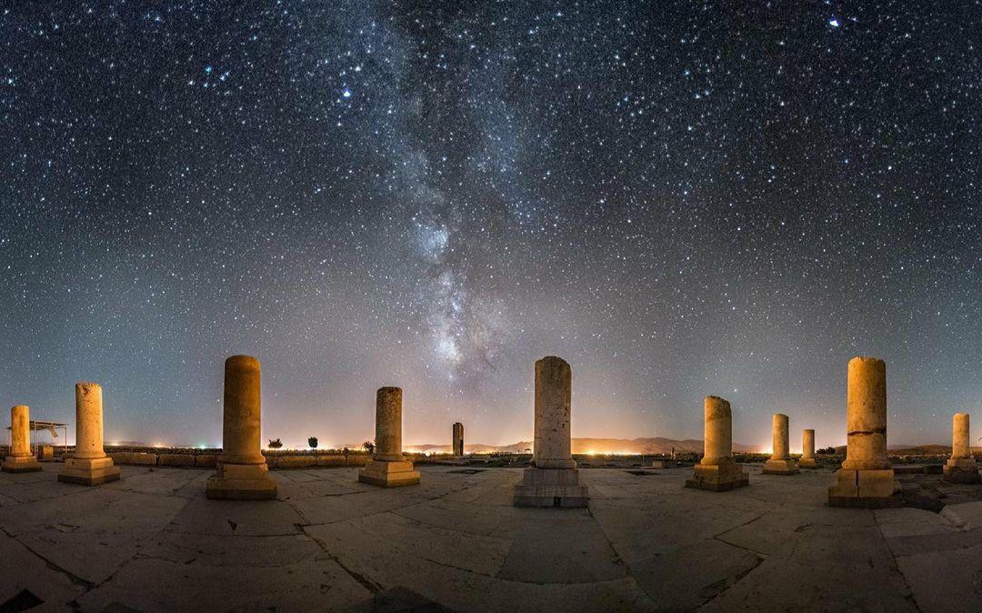 رد کهکشان راه شیری بر پاسارگارد + عکس