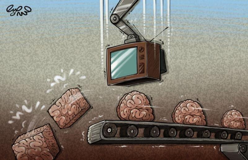 تلویزیون با مغز ما چه میکند + عکس