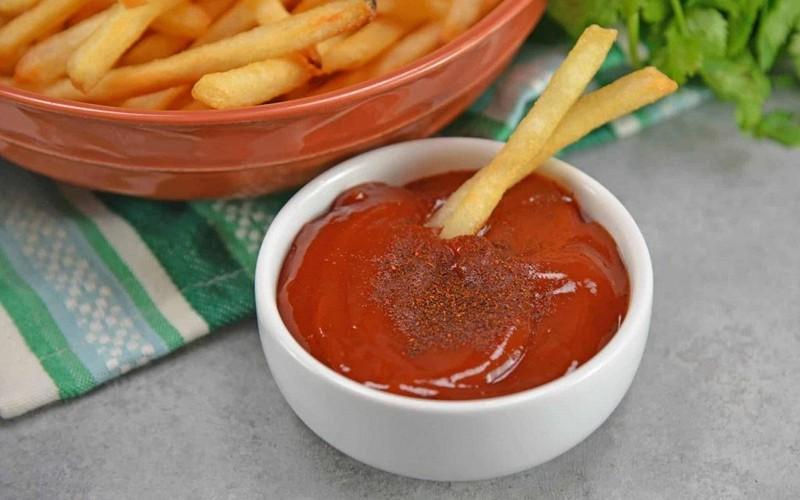 مصرف بی رویه سس گوجه فرنگی باعث این6 بیماری می شود