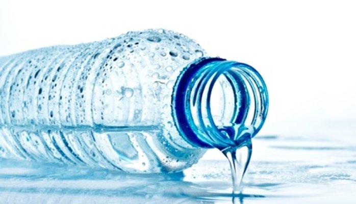آب معدنیها موجود در بازار آب آشامیدنی هستند!