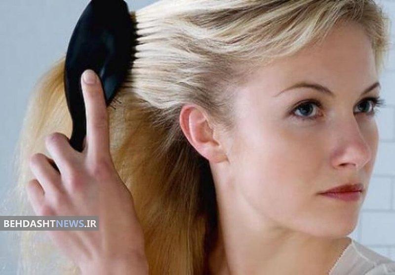 شیوه صحیح برس زدن موها چگونه است؟