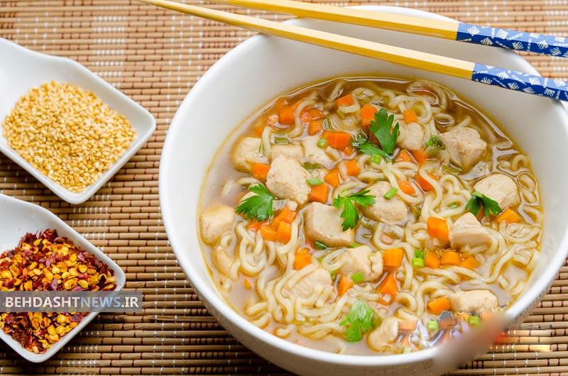 سوپ مرغ اندونزی، یک سوپ مقوی برای افطار ماه رمضان