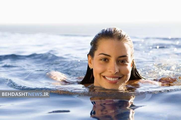 چرا همه خانم ها باید شنا کنند