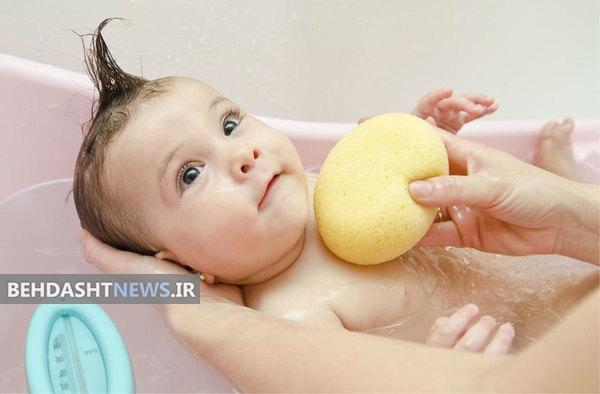 چگونه ترس کودک را از حمام کردن کاهش دهیم؟