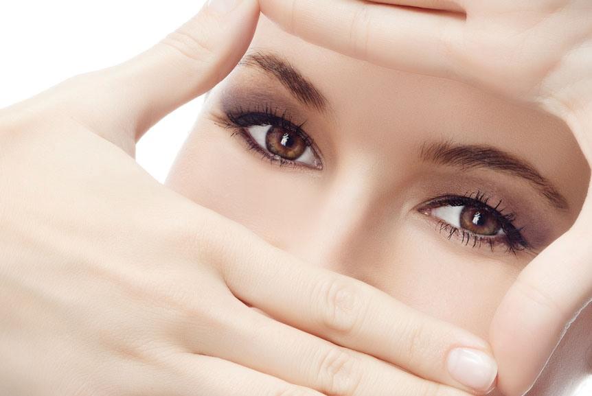 15 ترفند برای داشتن چشمانی سالم