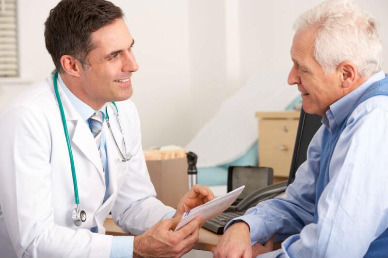 خود آزمایی بیضه برای تشخیص سرطان در مردان