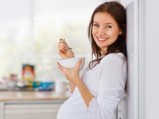 مصرف زیاد شیرینی در دوران بارداری جنین را دچار این بیماری می کند