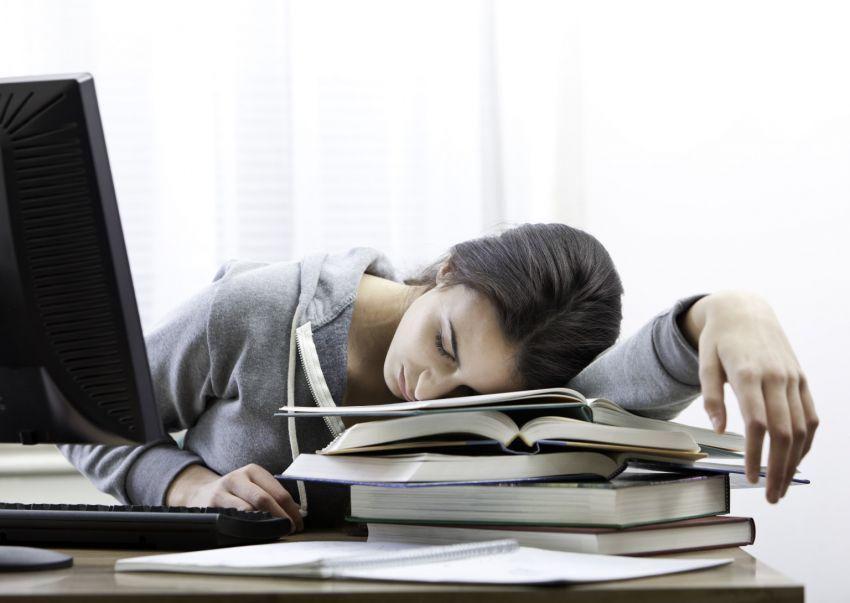 چرا خیلی خسته ام؟