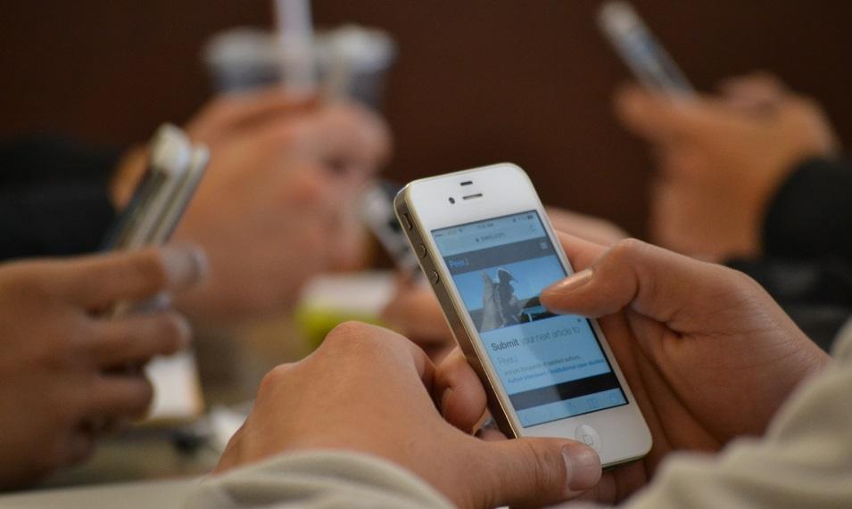 20 راهکار کاهش عوارض تلفن همراه
