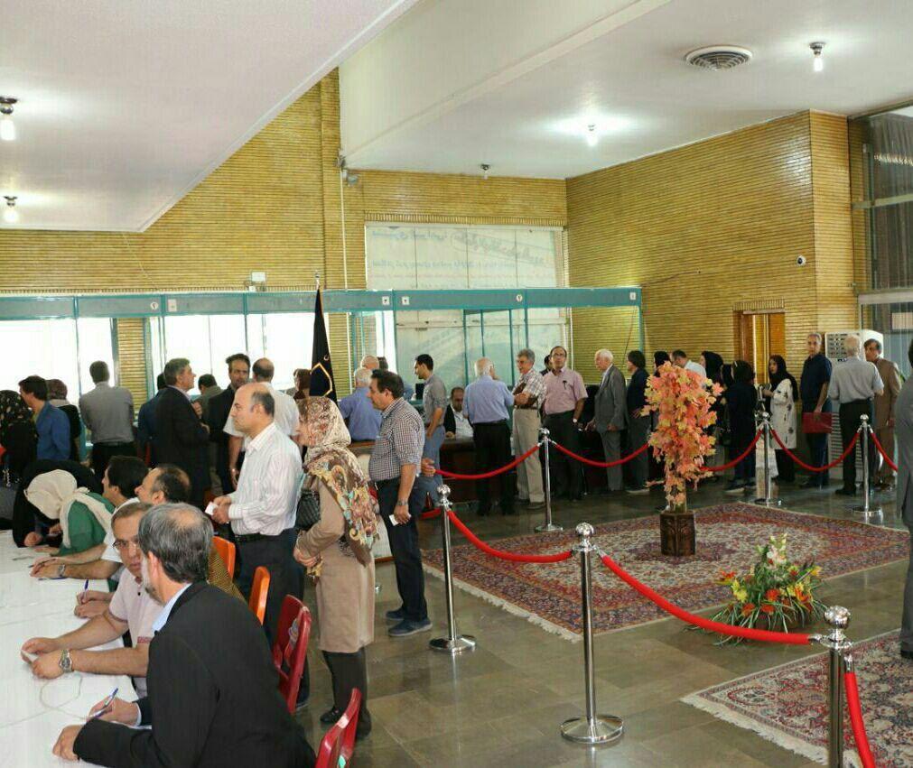 برگزاری انتخابات نظام پزشکی در اصفهان + عکس