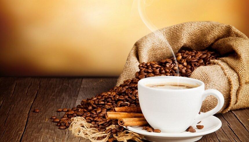 ۱۳ فایده اعجاب انگیز قهوه که از آنها بی خبرید+ اینفوگرافیک