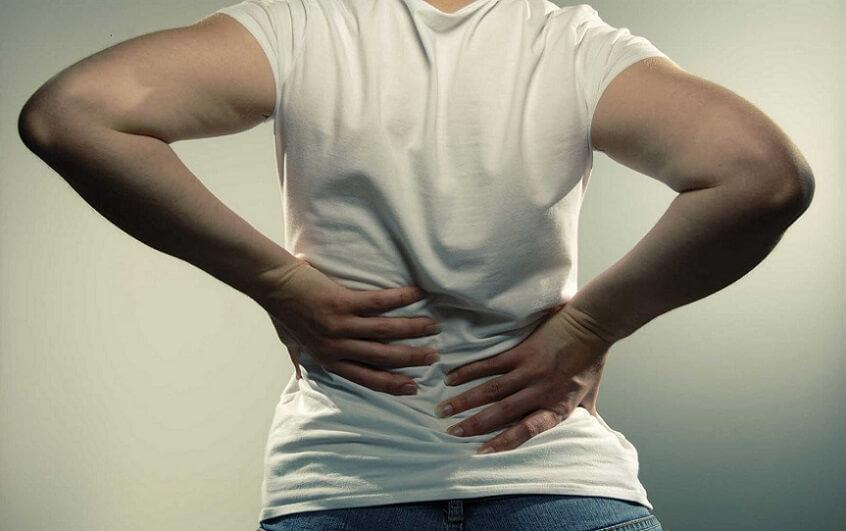 چند راهکار ساده برای رهایی از کمر درد + اینفوگرافیک