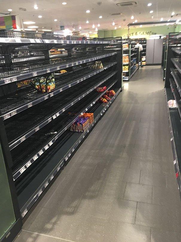 حرکت جالب یک سوپرمارکت آلمانی علیه نژادپرستی! + عکس